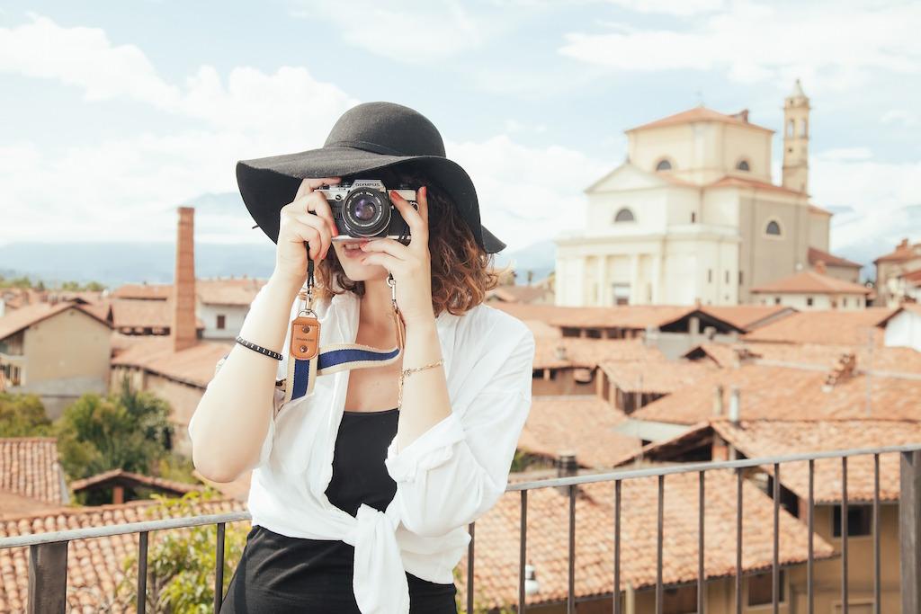 woman-traveler