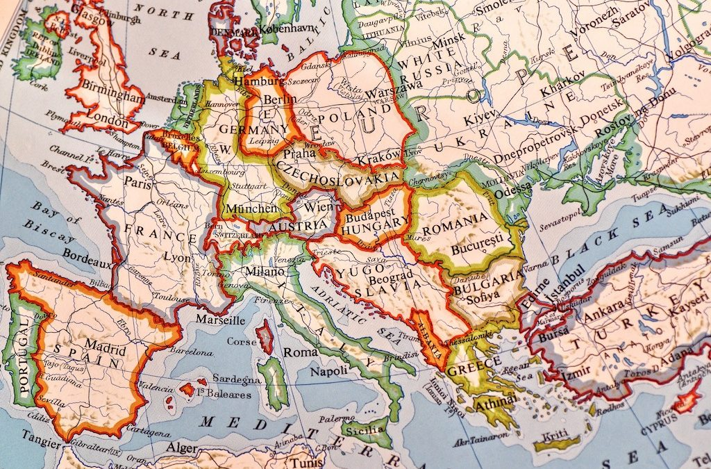 10 Tips for Travelling Around Europe